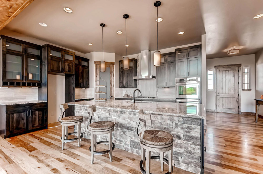 Kitchen island details and lighting