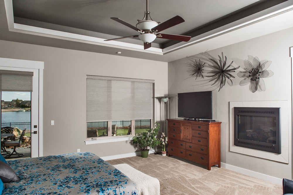Interior image, Master bedroom ceiling soffit detail