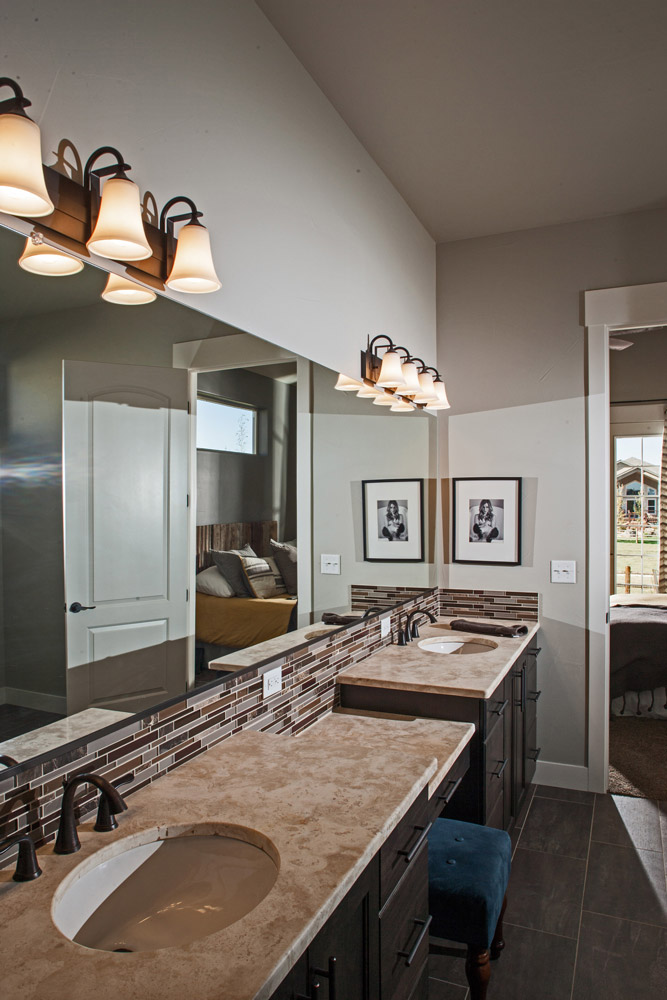 Interior image, Master Bathroom Vanity